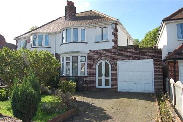 Thumbnail Semi-detached house to rent in Delves Crescent, Delves, Walsall