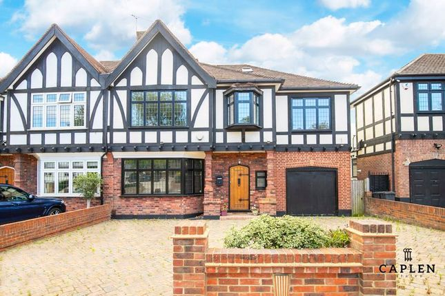 Thumbnail Semi-detached house to rent in Princes Avenue, Woodford Green