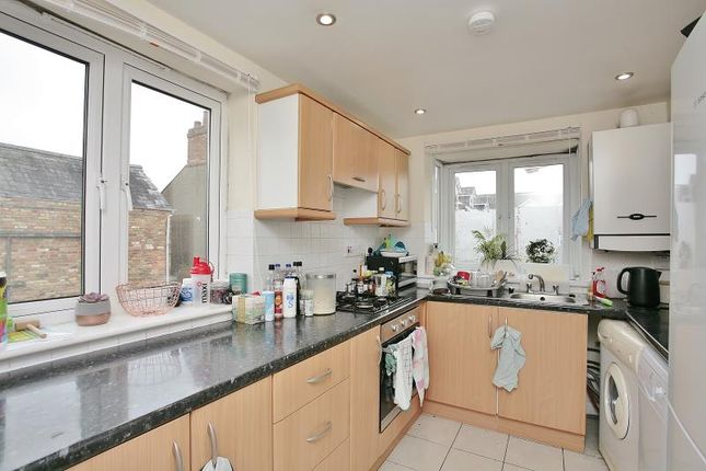 Thumbnail Flat to rent in Cowley Road, Oxford