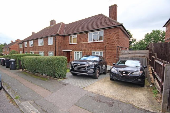 Thumbnail Maisonette for sale in Bushfields, Loughton