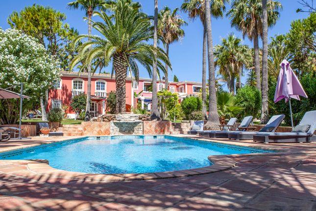 Thumbnail Villa for sale in Almancil, Loulé, Portugal