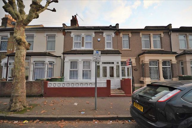 Thumbnail Terraced house to rent in Rosebery Avenue, London