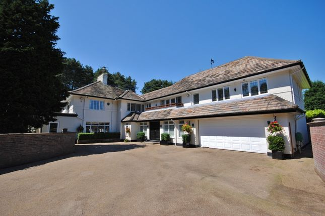 Thumbnail Detached house to rent in Heybridge Lane, Prestbury, Macclesfield