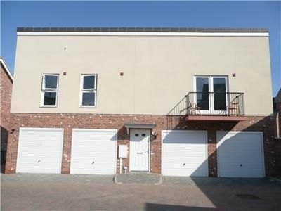 Thumbnail Flat for sale in Holly Mews, Grimsby
