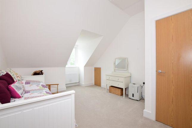 Bedroom of Lynch Close, Havant PO9