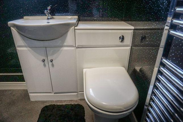 Bathroom of East Orchard Lane, Liverpool L9