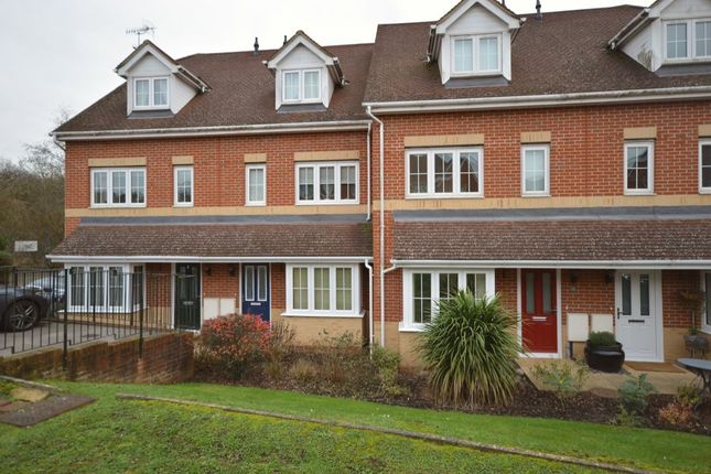 Thumbnail Flat for sale in Dougall Close, Tunbridge Wells