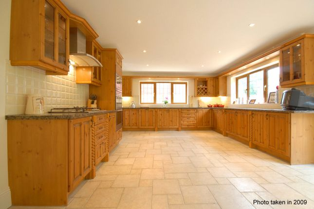 Kitchen of Lower Argyll Road, Exeter EX4