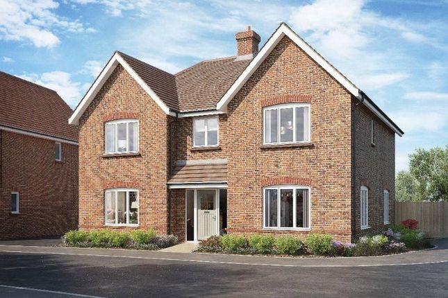 Thumbnail Detached house for sale in East Street, Billingshurst