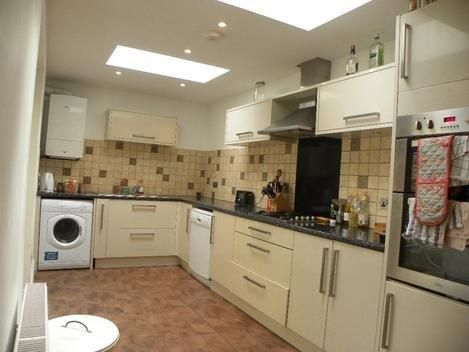 Thumbnail Semi-detached house to rent in Tradescant Road, London