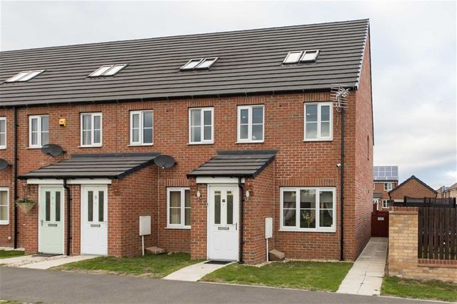 Thumbnail Property for sale in Corncrake Drive, Scunthorpe