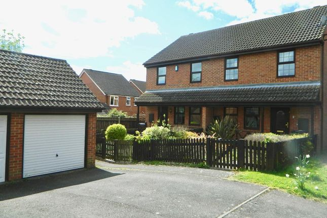 Thumbnail Semi-detached house to rent in Fallowfield Close, Weavering, Maidstone