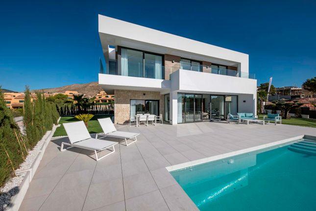 4 bed villa for sale in Alicante, Spain