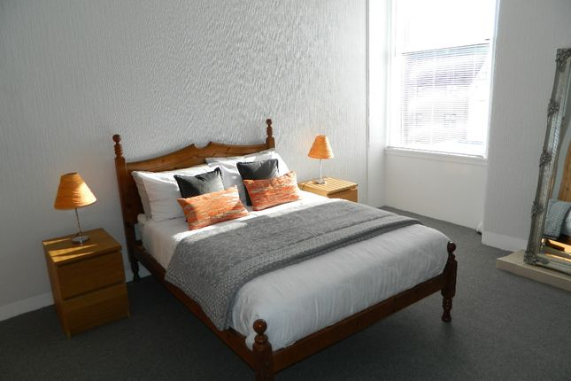 Thumbnail Flat to rent in Roseburn Street, Roseburn, Edinburgh