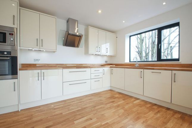 Thumbnail Semi-detached house for sale in Darwin Road, Welling