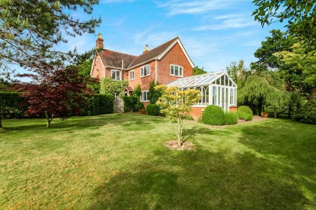 Thumbnail Detached house for sale in Rye Road, Hawkhurst, Cranbrook, Kent