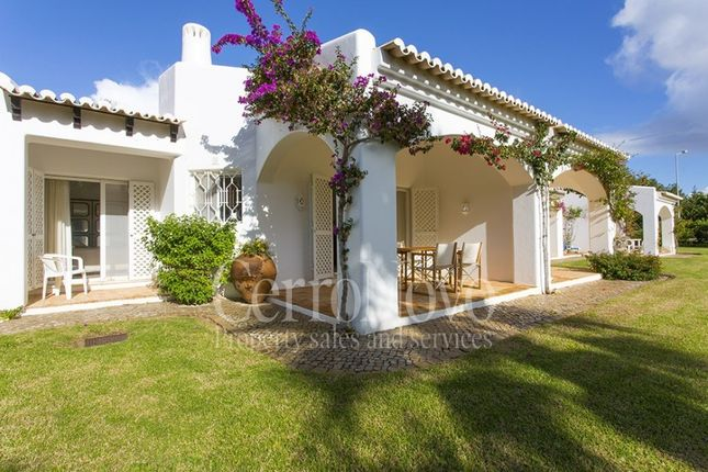 2 bed apartment for sale in West Of Albufeira, Algarve, Portugal