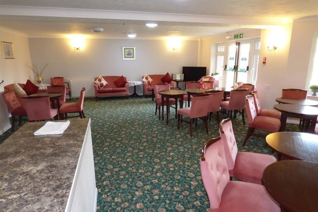 Communal Lounge of Furzehill Road, Borehamwood WD6