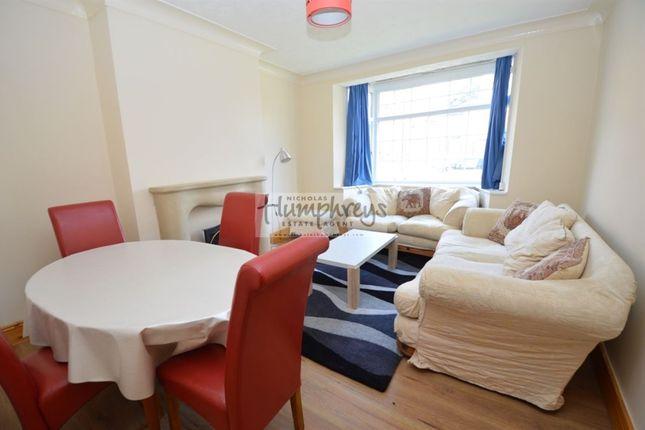 Thumbnail Flat to rent in Mathew Bank, Jesmond, Newcastle Upon Tyne