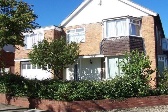 Thumbnail Detached house to rent in Hamilton Drive, Whitley Bay