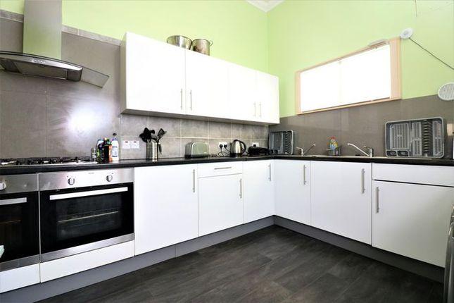 Thumbnail Flat to rent in Sauchiehall Street, Charing Cross