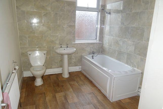 Bathroom of Kimberworth Road, Kimberworth S61