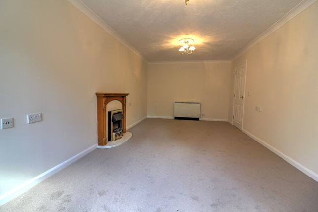 Living Room 2 of London Road, Patcham, Brighton BN1