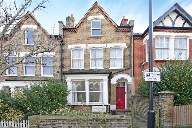 Thumbnail Flat to rent in Grove Hill Road, London