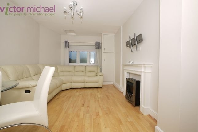 1 bed flat to rent in Balfour Road, Ilford, Essex. IG1