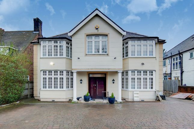 Thumbnail Flat to rent in Brondesbury Park, Willesden