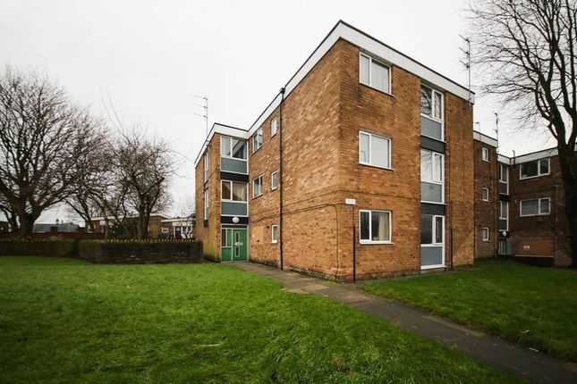 Thumbnail Flat to rent in Scholes, Wigan