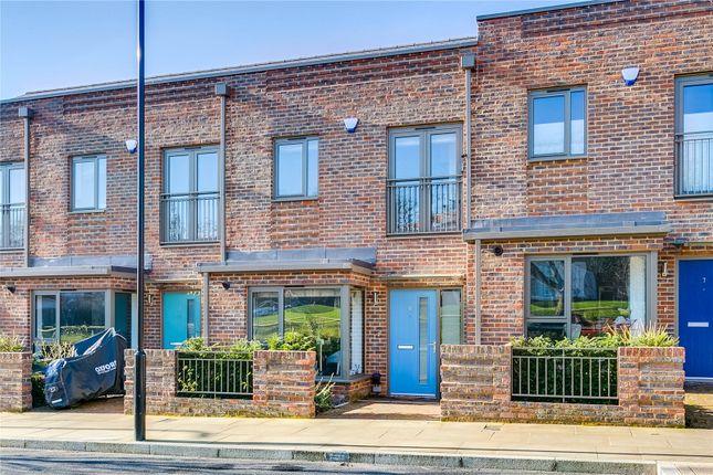 Thumbnail Terraced house for sale in John Hunter Avenue, London