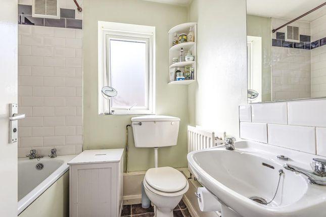 Bathroom of Harlesden, London NW10,