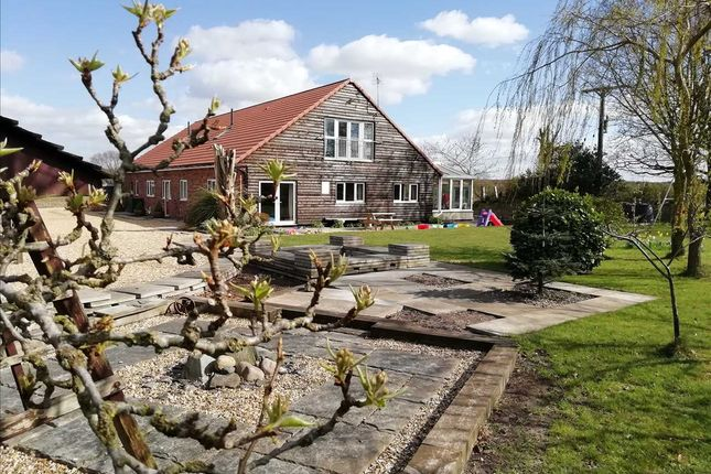 Thumbnail Detached bungalow for sale in Hubblestrop Cottage, Holme Lane, Holme, Scunthorpe