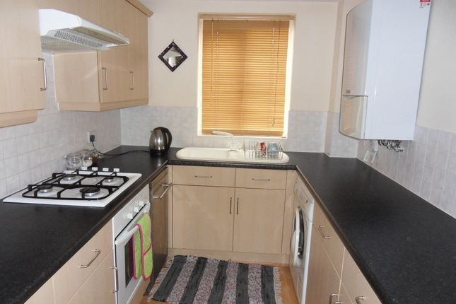 2 bed flat to rent in South Terrace Court, Stoke-On-Trent