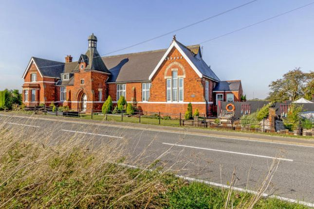Thumbnail Semi-detached house for sale in Immingham Road, Habrough, Immingham