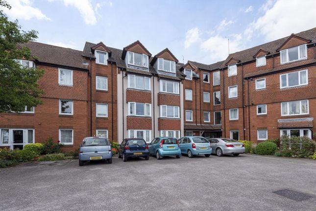 1 bed flat for sale in Charles Street, Petersfield GU32
