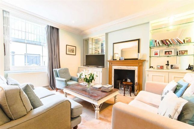 2 bed flat to rent in St. Georges Square, London