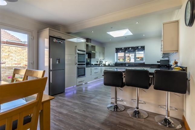 Kitchen 7 of Wood View, Woodside, Grays RM16