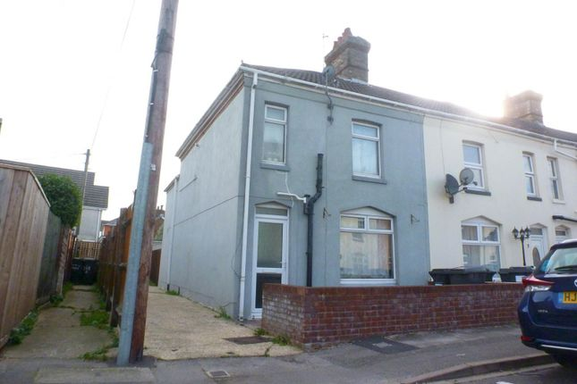 3 bedroom end terrace house to rent in Garfield Avenue, Springbourne, Bournemouth