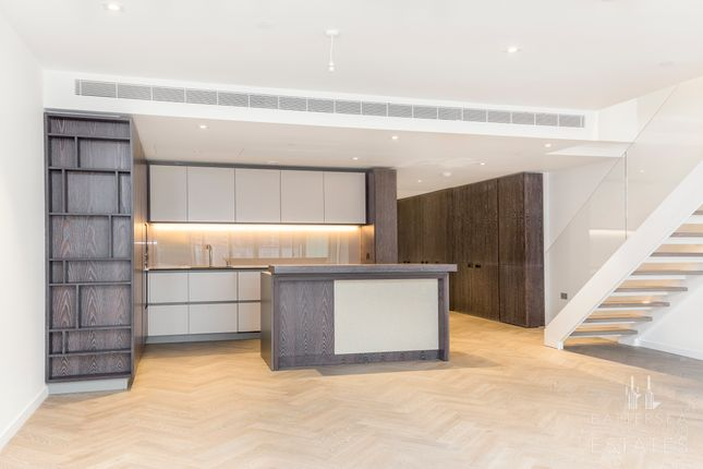 Thumbnail Town house to rent in Circus Road West, Battersea