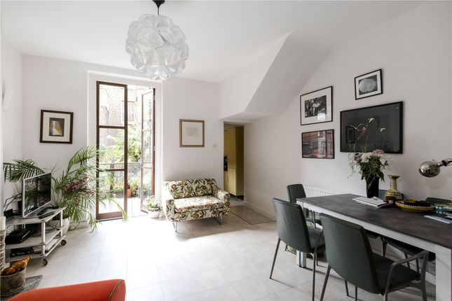 Thumbnail Maisonette for sale in Faraday Road, London