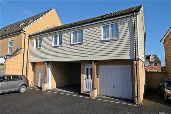 2 bed flat for sale in Homersham, Canterbury
