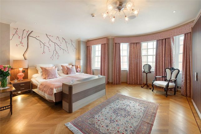 Bedroom of Draycott Place, Chelsea, London SW3