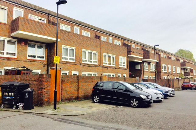 1 bed property for sale in Culross Close, London N15
