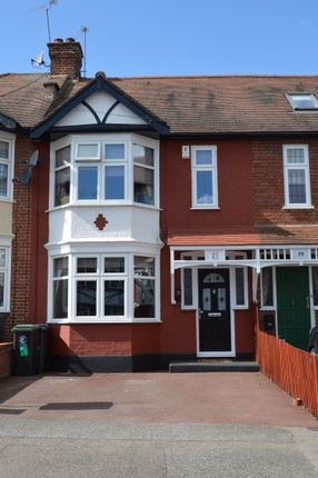 Thumbnail Terraced house for sale in Chestnut Avenue, Essex