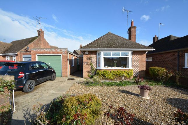 Thumbnail Bungalow to rent in Warwick Road, Walton