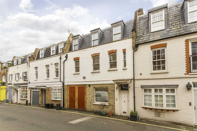 Thumbnail Property for sale in Devonshire Place Mews, London