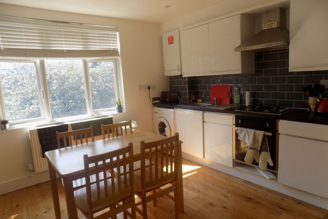Thumbnail Flat to rent in Bavaria Road, Third Floor Flat, Hornsey, London