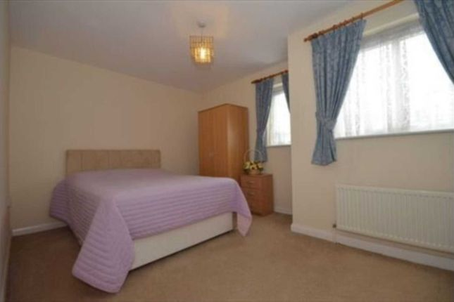 Thumbnail Semi-detached house to rent in Elderberry Way, London